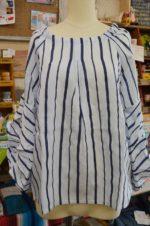 子供服ユニカの大人サイズが入りました。