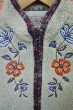 ジーンナソーズのボア刺繍ベスト。